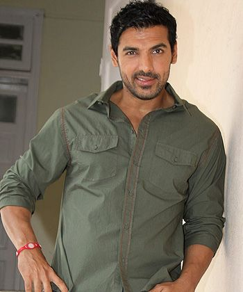John Abraham is clueless about his own wedding!