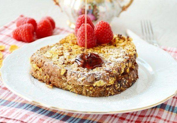 Вкусный завтрак за 10 минут: французский тост с ягодами