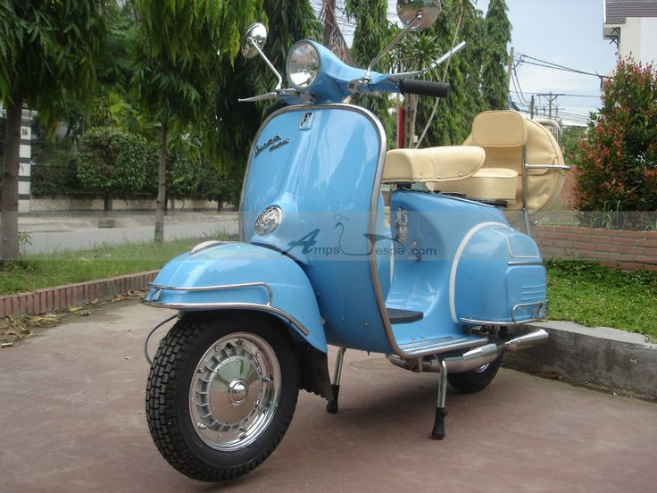 Image from http://i00.i.aliimg.com/photo/v4/137135246/Vintage_Vespa_Scooters_150_VBC_Super_1967.jpg.