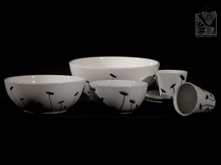 bowl series and coffee cup hand painted by Elisa Viotto Arte