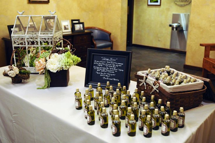 Italian Wedding Gifts: 42-Wedding-Olive-Oil-Favors