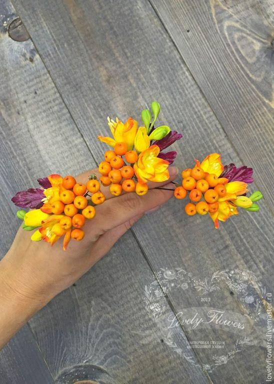 Купить Рябина с фрезиями из глины на шпильках - цветы ручной работы, цветы из полимерной глины