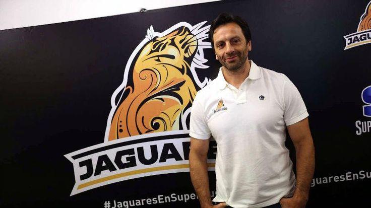 Raul Perez, entrenador de Jaguares, dictará una clinica hoy en Natacion y Gimnasia