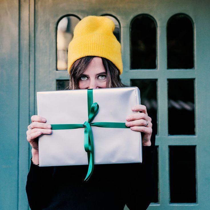 Eine schöne Bescherung: Der grosse Geschenk-Knigge mit eingebauter Verlosung - Sonrisa