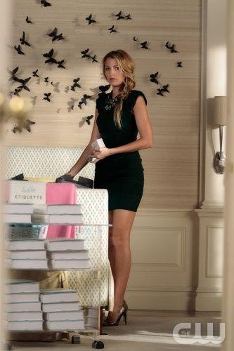 Serena van der Woodsen (Blake Lively) wears a L'Agence dress, Sequin necklace,