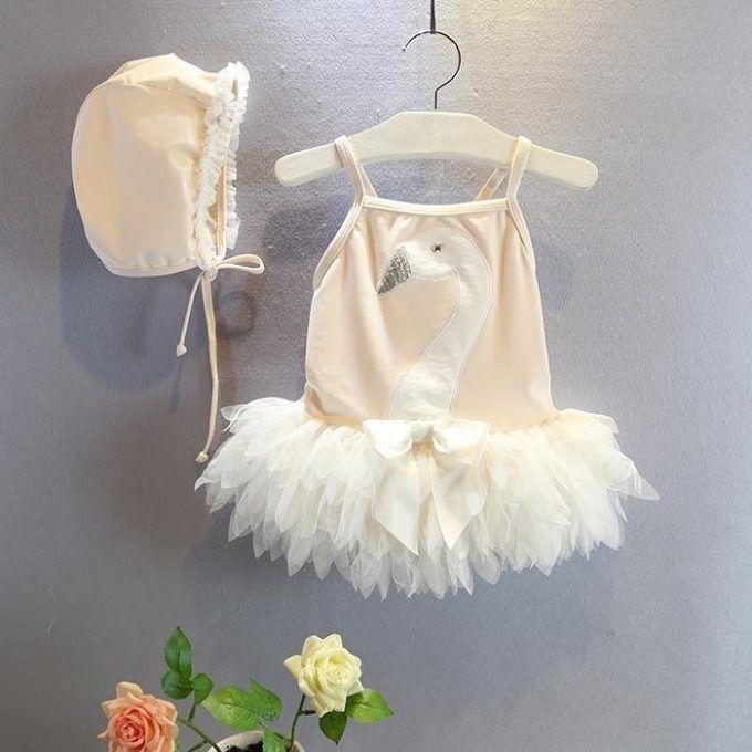 Jeg fandt den sødeste badedragt til min datter på http://wish.com som jeg bare må dele med jer! Den er nok noget af det sødeste indenfor badetøj, jeg længe har set.