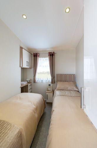 2014 Meridian Lodge Twin Bedroom