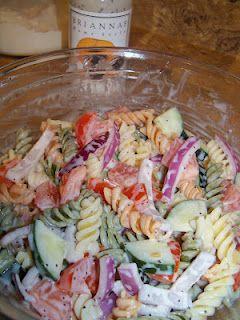 Poppyseed garden pasta salad