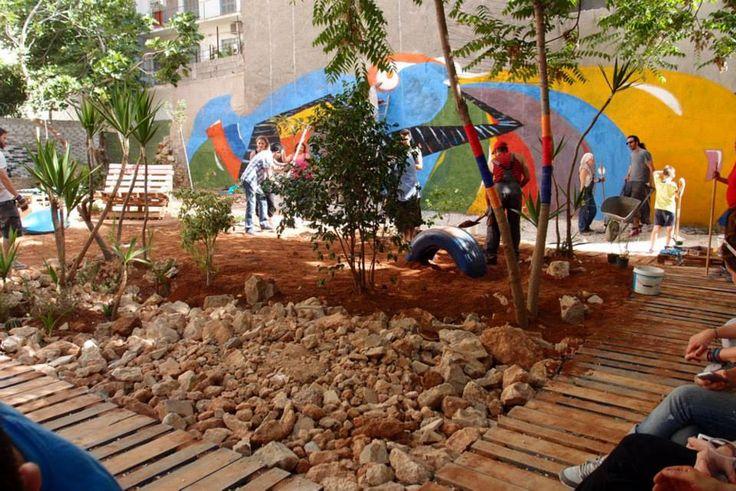#Urban #Activism #volunteers #atenistas #Athens #playground  Photo on @atenistas page on Facebook