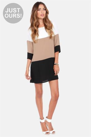 A great relaxed look! Show some leg or pair it with some leggings and boots for chilly weather! #lulus #holidaywear