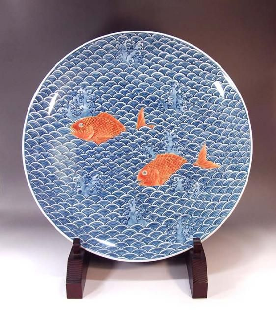 Japanese chinaware | design of a wave and fishes | Imari(Arita)