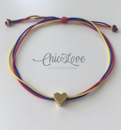 We can make them with the colors of the flag of other countries. Pulsera de Colombia con mini corazon.