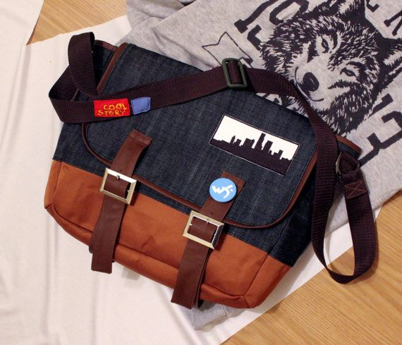 We love to create the thigs of our lovely fandoms. ٩(◕‿◕)۶ And now we can make Max's bag for you! If you want to make an order, please send your questions there: fdcosplayshop@gmail.com~   Dontnod Entertainment Life is Strange game Maxine 'Max Caulfield handmade crossbody messenger shoulder bag unisex men women Custom Made