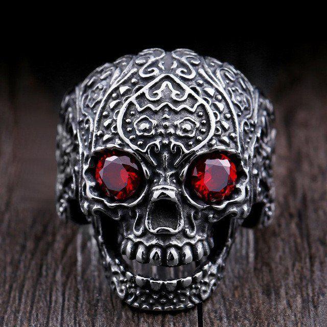 Skull ring with garden flower carvings