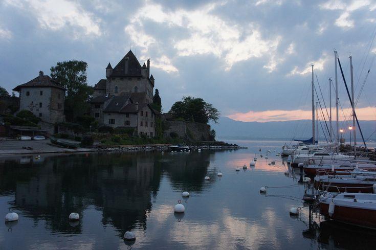 レマン湖畔眺めの良い小さな美しい村