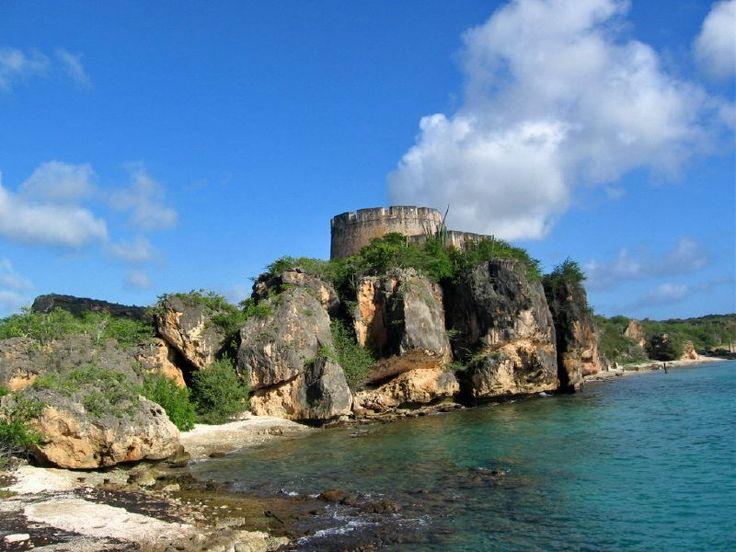 """Old fort """"beekenburg"""" Caracasbaai Curacao"""