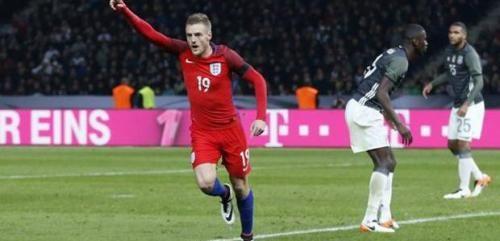 Cronaca: #Amichevoli  #splendido 2  2 tra Inghilterra e Spagna. Finisce a reti bianche Francia ... (link: http://ift.tt/2eYeqvZ )