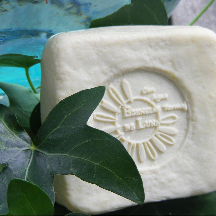 Jabón reductor de hiedra. también para la cuperosis.