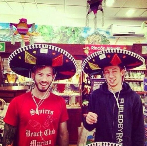 Was Tyler and Josh hanging out with Pierce The Veil??-- I love this picture and the comment.