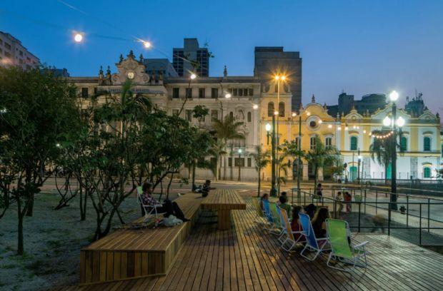 Ações piloto em duas praças centrais de São Paulo marcam o projeto Centro Aberto, com arquitetura de Metro Arquitetos | aU - Arquitetura e Urbanismo