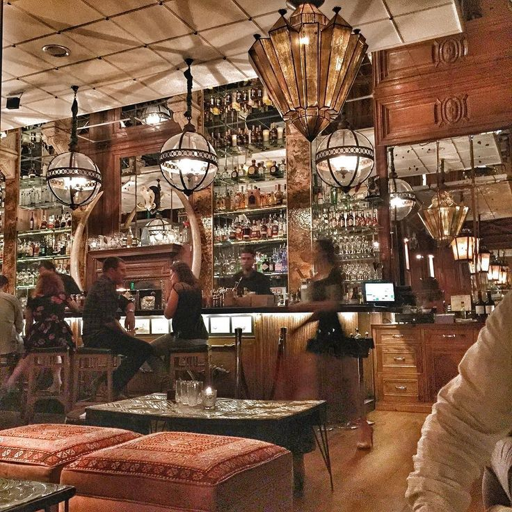 A hipster hangout & gorgeous bar but the food...lets just say we went for a second dinner after! Thankfully this is #Barcelona & there are plenty of great tapas bars just around the corner!!