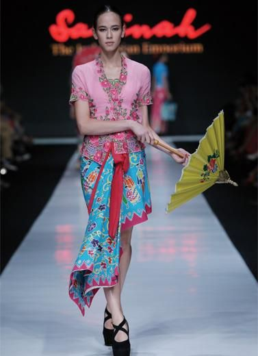 JFW 2014 – Sarinah, Modern in Heritage (Rumah Betawi) | The Actual Style