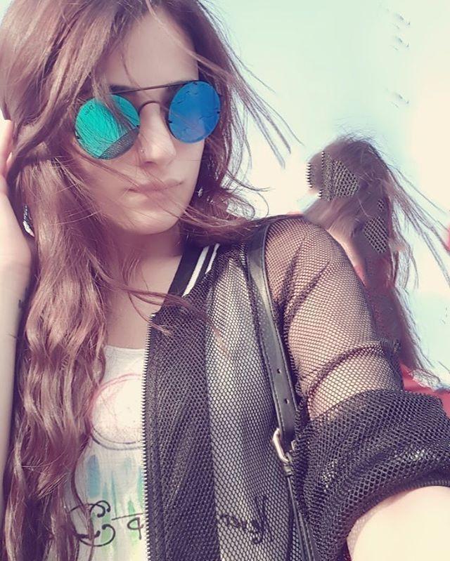 I hope your day is always happy, god bless u :) happy sunday . . . .  i miss u radhika , i miss u  @radhikamadan  #Radhikamadan #beautifullgirls #cool #pretty #cute #actressindia #bollywood #tellywood #matsh #ishani #indonesia  #meriaashiquitumsehi #ranveerishanijkt #ranveerishaniback