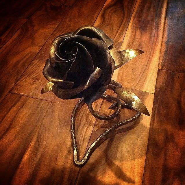 Moody's Garage: Here are a few of my latest hand forged metal roses...