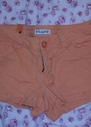 Kup mój przedmiot na #vintedpl http://www.vinted.pl/damska-odziez/szorty-rybaczki/13972582-krotkie-spodenki-pullbear