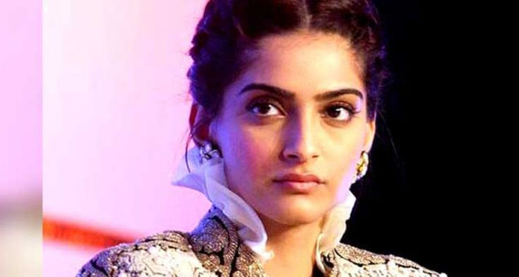 #SonamKapoor gave the pain, the family members used to do it in Period https://www.youthensnews.com/sonam-kapoor-share-his-memory-on-periods/?u=social