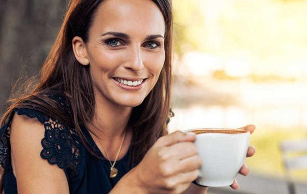 It appears that decaffeinated coffee has been linked to lowering your risk of type 2 diabetes, according to a report in a recent issue of Archives of Internal Medicine, a JAMA/Archives journal. It appears one of the benefits happens to be lower risk, good news for all you double shot latte fans out there.However, doctors …