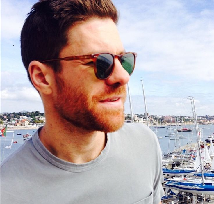 Xabi Alonso, Spanish football player