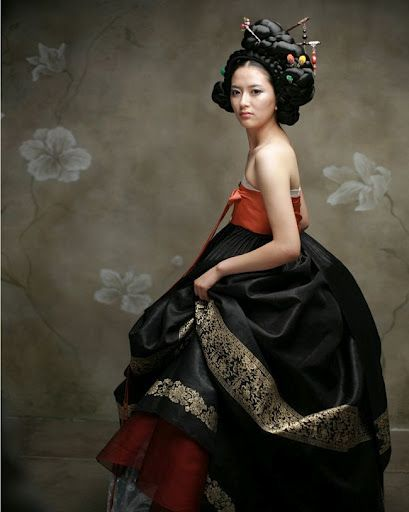 Korean traditional dress - Hanbok Couture