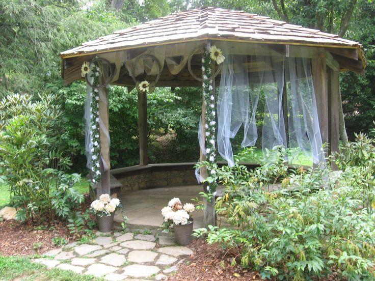 The Gazebo At The Asheville Botanical Gardens Decorated