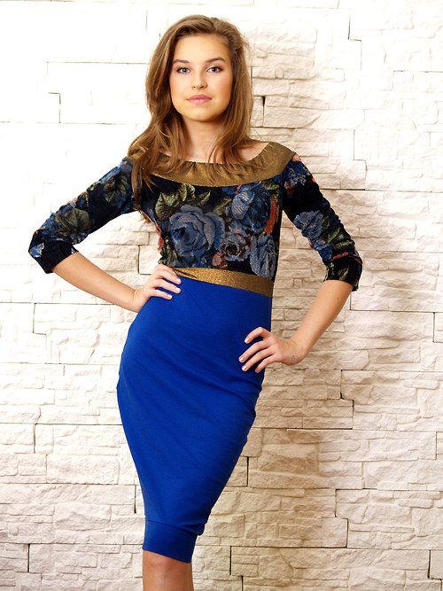 Velmi elegantní a sexy šaty / královská modrá