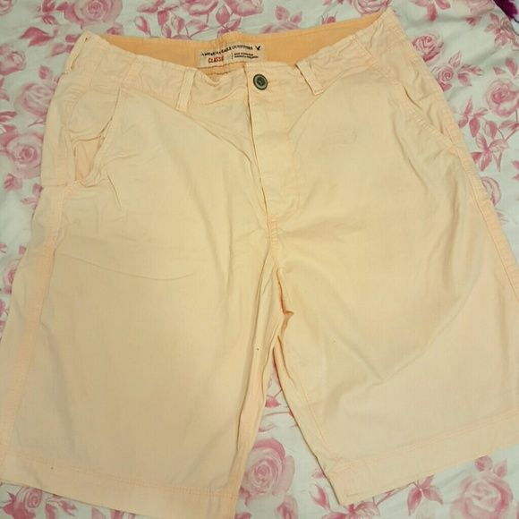 Mens American Eagle Shorts Orange Bright orange, great condition. Classic fit American Eagle Outfitters Shorts Cargos