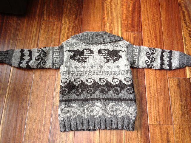 Ravelry: ferviddesign's Cowichan Inspiration Cardigan