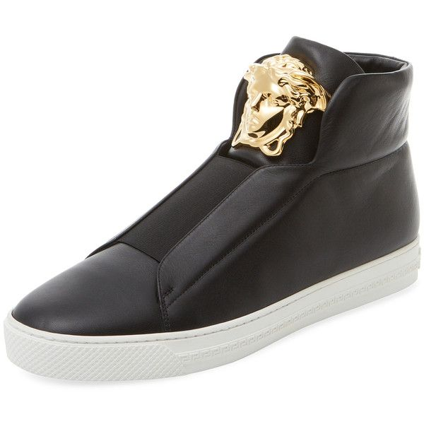 Versace Men's Emblem Low Top Sneaker - Black, Size 40 (1 045 AUD) ❤ liked on Polyvore featuring men's fashion, men's shoes, men's sneakers, black, mens low profile shoes, mens low top shoes, mens black shoes, mens black leather shoes and mens shoes