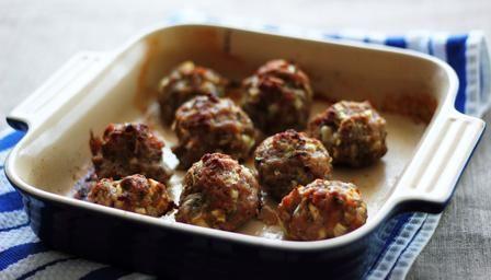 BBC - Food - Recipes : Sage sausage stuffing