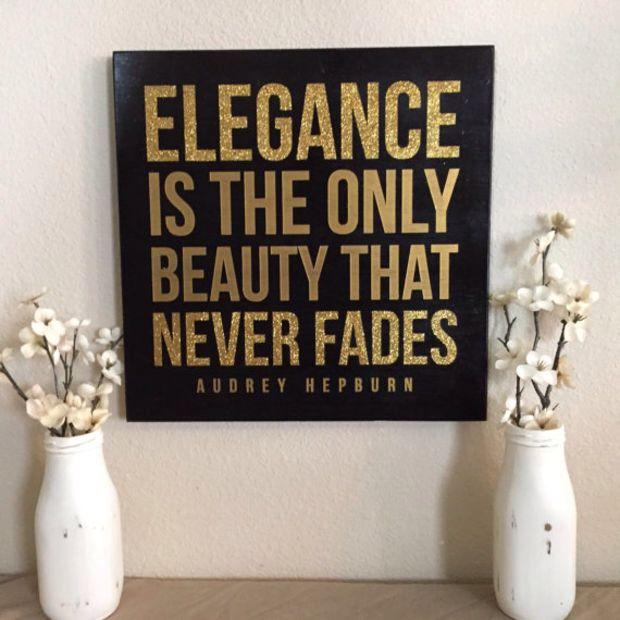 24.00 Audrey Hepburn . Elegance canvas art