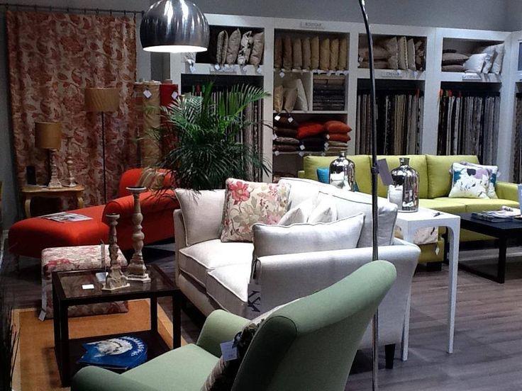 Vino in showroom-ul nostru si descopera lumea minunata a amenajarilor interioare!   #kainternational #decor #amenajari #profiledecorative #tapet #mobila #tesaturi #mobilatapitata