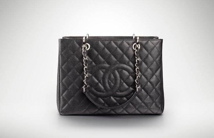 http://www.chanel.com/fashion/data/1280/hautdebit/collections/1/_img/1/4/zoom/A50995%20Y01588%2094305.jpg