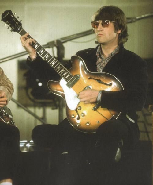 John Lennon: Lennonth Smart, John Lennonth, Smart Beatles, Kinda Music, Favorite Musicians, Beatles Eyeglasses, Music God, Musicians Entertainment, Lennon Connection