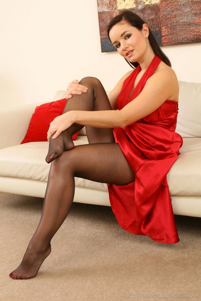 Nylon 9 pantyhose cool 10