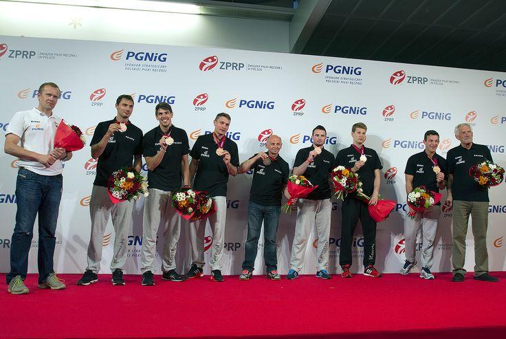 2 lutego 2015 - polscy piłkarze ręczni wrócili z Kataru z brązowymi medalami mistrzostw świata