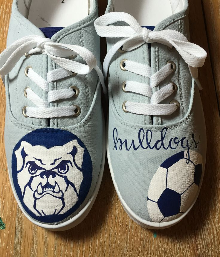 Butler University Bulldog hand painted shoes. ⚽️