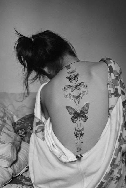 Hot girl back tattoo idea