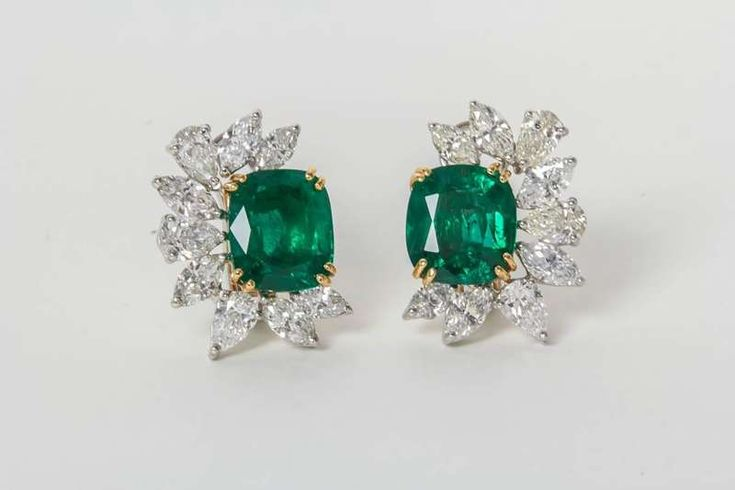 Fine GIA Certified Emerald Diamond Gold Platinum Cluster Ear Clips