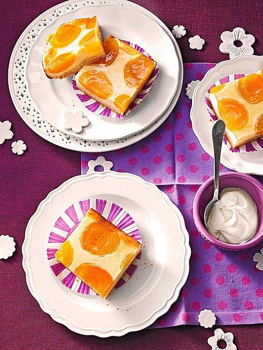 Quarkkuchen vom Blech mit Früchten - schnell und einfach