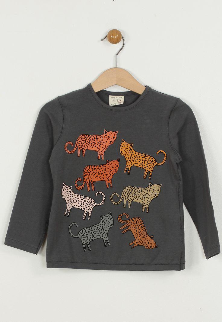 Bluza ZARA Colle Grey - doar 44,90 lei. Cumpara acum!